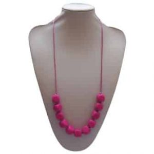 This stylish magenta Cyclonic Whisper design features eleven 1.7cm cube shaped soft, silicone beads. A unisex sensory resource, chew necklace for anxiety, chewy necklace for Autism, chew necklace for ADHD. A great educational tool to fill your sensory tank. A breakaway clasp for extra safety. Unisex sensory resource for people with special needs and/or chew their fingernails, chew their shirt collar. Chew on our healthy alternatives and order now www.ninjababies.com.au