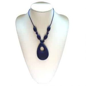 This stylish Deep Navy Funology design features four 9mm sphere and 4 x oval shaped beads individually knotted with a 6.8cm x 4.5cm x 1.2cm angel tear shaped soft, silicone pendant. The necklace cord is easily adjustable to accommodate your desired length. A chew necklace for anxiety, chewy necklace for Autism, chew necklace for ADHD. A great educational tool to fill your sensory tank. A breakaway clasp for extra safety. Unisex sensory resource for people with special needs and/or chew their fingernails, chew their shirt collar. Chew on our healthy alternatives and order now www.ninjababies.com.au