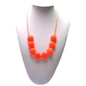 This stylish orange Unleash Kindness design features eight 2.1cm x 2.1cm x 1cm square shaped soft, silicone beads that are individually knotted. A unisex sensory resource, chew necklace for anxiety, chewy necklace for Autism, chew necklace for ADHD. A great educational tool to fill your sensory tank. A breakaway clasp for extra safety. Unisex sensory resource for people with special needs and/or chew their fingernails, chew their shirt collar. Chew on our healthy alternatives and order now www.ninjababies.com.au