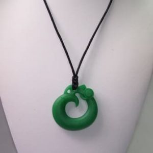 This funky emerald Feirce Phoenix design features a 5cm x 5cm x 0.9cm phoenix shaped soft, silicone chew pendant for anxiety, chewy pendant for Autism, chew pendant for ADHD. A great educational tool to fill your sensory tank. The necklace cord is easily adjustable to accommodate your desired length and has a breakaway clasp for extra safety. Unisex sensory resource for people with special needs and/or chew their fingernails, chew their shirt collar. Chew on our healthy alternatives and order now www.ninjababies.com.au